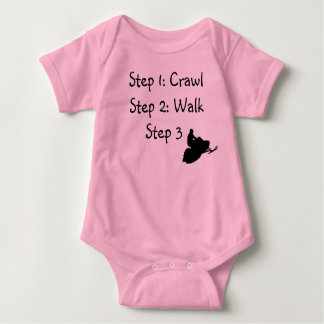 """Niña pequeña (arrastre rosado, paseo, paseo """" mameluco de bebé"""