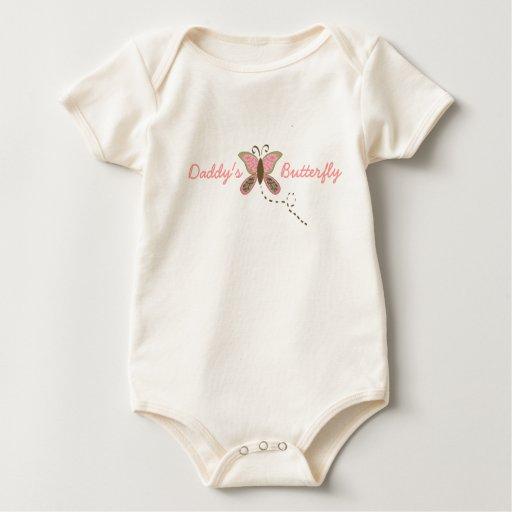 Niña pequeña de la mariposa del papá orgánica mameluco de bebé