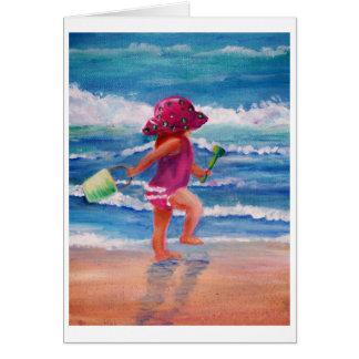 Niña por el océano tarjeta de felicitación