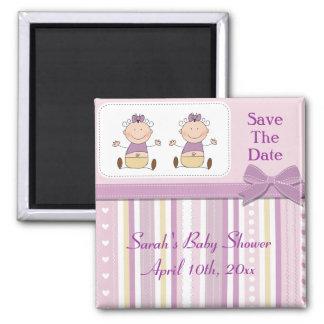 Niñas y fiesta de bienvenida al bebé gemelas de la iman para frigorífico