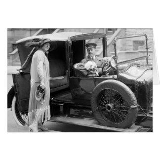 Niñera y chófer, los años 20 del perro tarjeta de felicitación