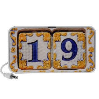Nineteen Portable Speaker
