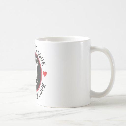 Ningún amor tiene gusto de amor andrajoso taza básica blanca