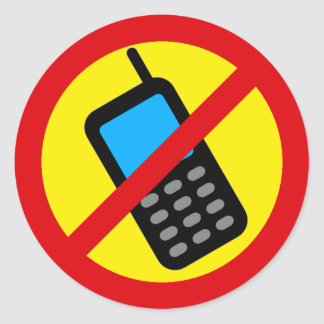 Ningún diseño del uso del teléfono celular etiquetas redondas