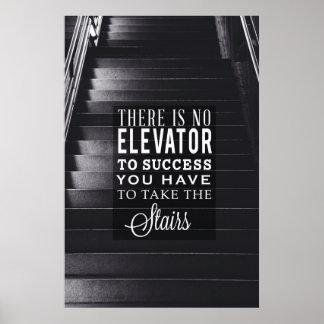 Ningún elevador al éxito póster