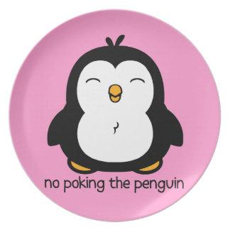 Ningún empuje del pingüino plato para fiesta