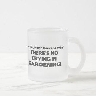 Ningún griterío - cultivando un huerto taza cristal mate