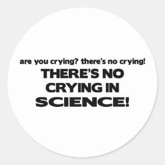 Ningún griterío en ciencia etiqueta redonda