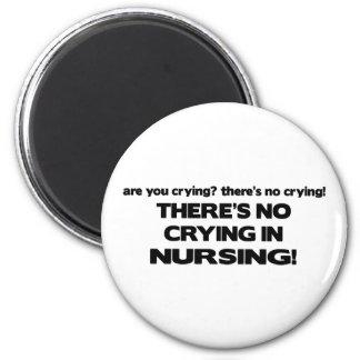 Ningún griterío en el oficio de enfermera imán redondo 5 cm