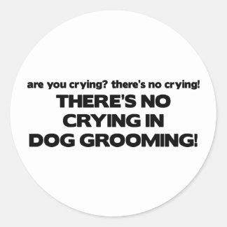 Ningún griterío en Groomer del perro Etiqueta Redonda