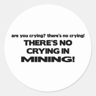 Ningún griterío en la explotación minera etiquetas redondas