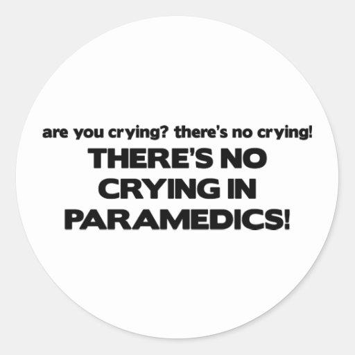 Ningún griterío en paramédicos pegatina redonda