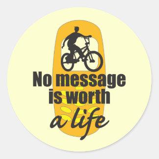Ningún mensaje vale una vida etiquetas redondas