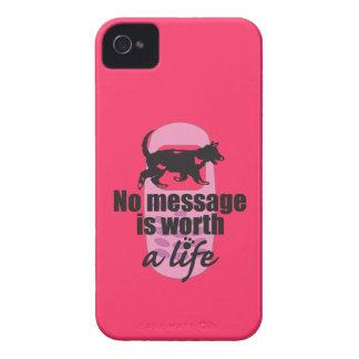 Ningún mensaje vale una vida Case-Mate iPhone 4 protector