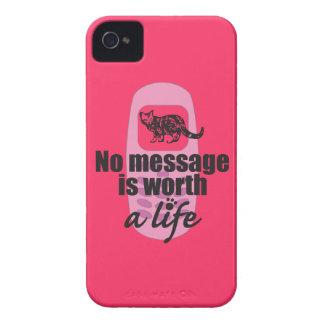Ningún mensaje vale una vida iPhone 4 Case-Mate funda