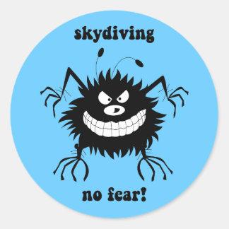 ningún miedo skydiving pegatinas redondas
