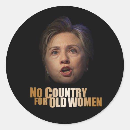 Ningún país para las mujeres mayores pegatinas redondas