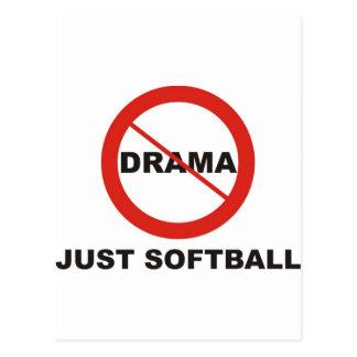 Ningún softball del drama apenas postales