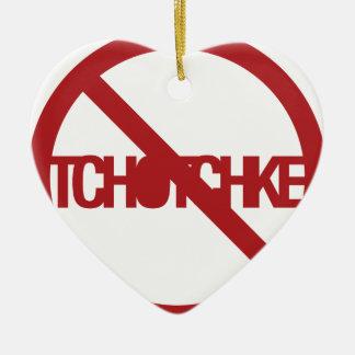 Ningún Tchotchke Adorno De Cerámica En Forma De Corazón