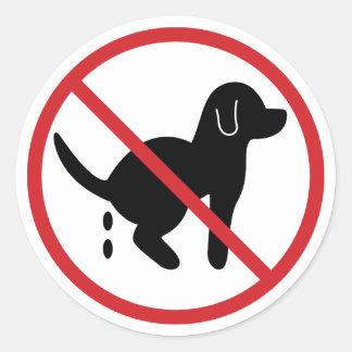 Ninguna basura del perro pegatina redonda