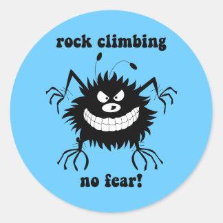 ninguna escalada del miedo pegatina redonda