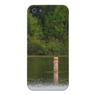 Ninguna foto de la naturaleza del río del canotaje iPhone 5 fundas
