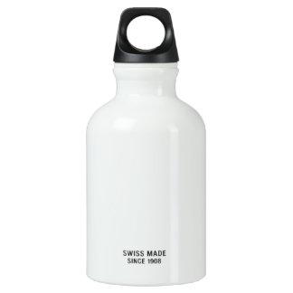 Ninguna margarita del servicio el | con el botella de agua