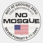 Ninguna mezquita en el punto cero pegatina redonda