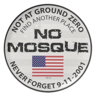 Ninguna mezquita en el punto cero plato