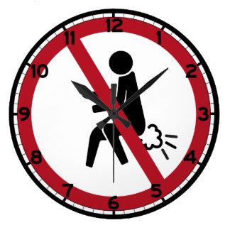 Ninguna muestra el Farting, Tailandia Reloj Redondo Grande