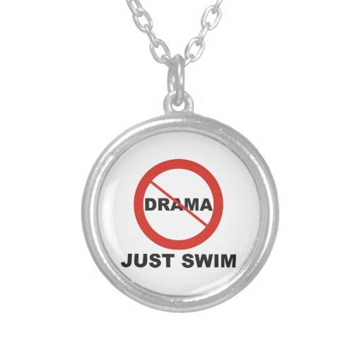 Ninguna nadada del drama apenas joyerías