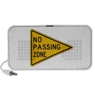 Ninguna zona de paso, trafica la señal de peligro, altavoces de viajar