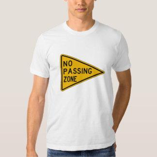 Ninguna zona de paso, trafica la señal de peligro, camisas