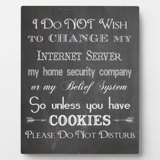 Ningunas galletas, no perturban la muestra de la p placa para mostrar
