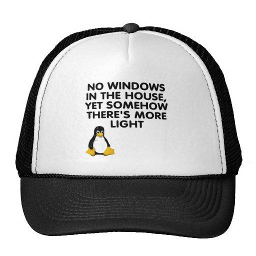 Ningunas ventanas en la casa… gorros