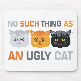 Ningunos gatos feos tapetes de ratones