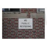 Ningunos lavabos públicos felicitaciones