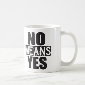 Ningunos medios sí - apenas embromando tazas de café