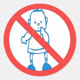 Ningunos niños permitidos etiquetas redondas