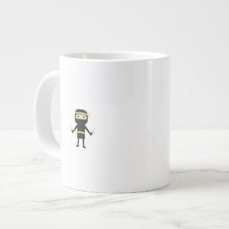 ninja con el arma taza grande