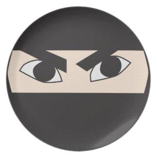 Ninja negro plato
