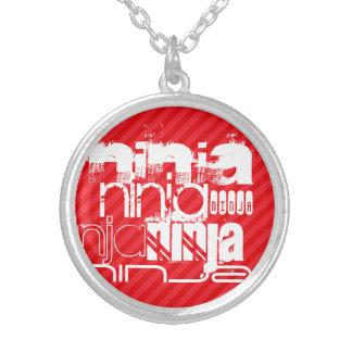 Ninja; Rayas del rojo del escarlata Colgante Redondo