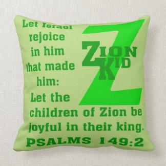 Niño 20x20 de Zion de la almohada