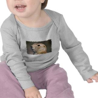 Niño atado negro del perro de las praderas camisetas