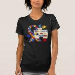 Niño con la cinta de la conciencia del autismo camiseta