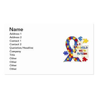 Niño con la cinta de la conciencia del autismo tarjetas de visita