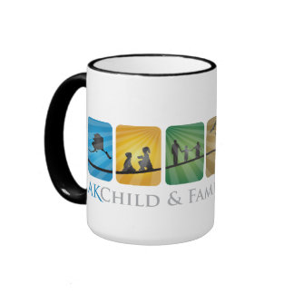 Niño de AK y taza de cerámica de la familia