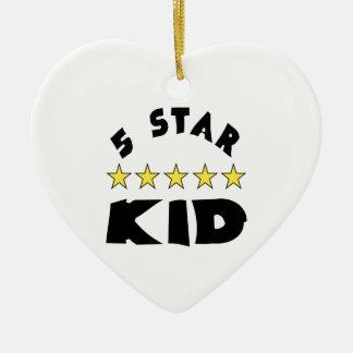 niño de cinco estrellas adorno navideño de cerámica en forma de corazón