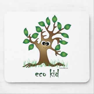 Niño de Eco Mousepads