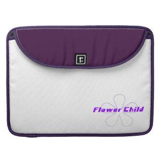 Niño de flor púrpura fundas macbook pro